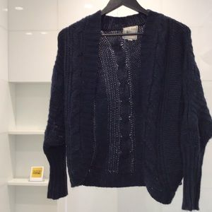 Pink Rose Cable knit Navy Sweater Size Small